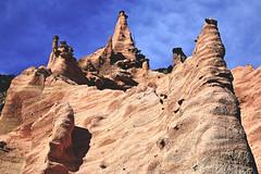 Lame Rosse, Gole del Fiastrone, MC (Raphal Mangiapia) Tags: italy nikon roccia marche paesaggio macerata allaperto lamerosse goledelfiastrone formazionerocciosa