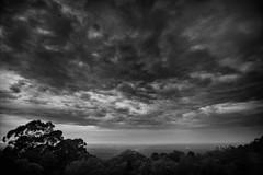 Bellbird Hill sunrise (Daniel Pertovt) Tags: clouds sunrise dawn