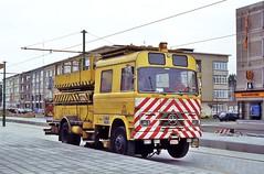 SERVICE 8068 (brossel 8260) Tags: belgique camion antwerpen anvers miva