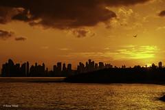 Summer Breeze (Bernai Velarde-Light Seeker) Tags: ocean city sunset sea clouds america mar pacific centro central nubes panama pacifico oceano velarde costadeleste bernai