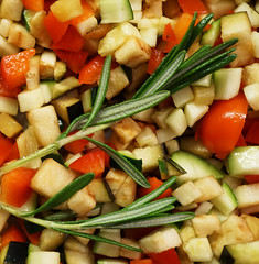 rosmarin (Rosmarie Voegtli) Tags: rosmarin peperoni zucchini aubergines spice gewürz colors vegetables inexplore