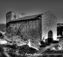 Ruinas (Jotha Garcia) Tags: building castle monochrome stone architecture landscape monocromo ruins guadalajara paisaje olympus ruinas castillo piedra castillalamancha blackwithe jothagarcia