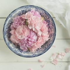 A Bowl of Petals (Caz Ann) Tags: stilllife white flower home