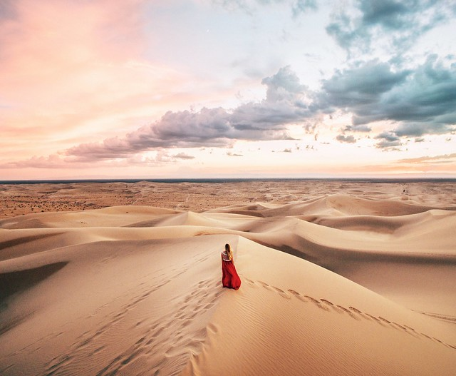woman photography alone desert perspective fromabove lone lookingdown aerialphotography tutorial heli reddress dirka lightroom drone glamis adobelightroom quadcopter dirkdallas lightroomtutorial djiphantom fromwhereidrone droneography djiphantom3