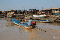 Fishing Village on the Tonle Sap River (philrdjones) Tags: people river boats cambodia fishermen local february tonlesap ecotourism 2016
