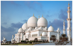 Sheikh Zayed Grand Mosque (Ni5han7) Tags: mosque 2016 nishantrao szm sheikhzayedmosque dubaispotters