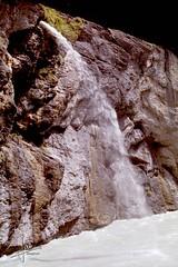 Aareschlucht, Meiringen (1992) (glanerbrug.info) Tags: 1992 zwitserland schweiz switzerland suisse interlaken waterval aareschlucht kloof schlucht canyon meiringen berneroberland rivier alpen mountain