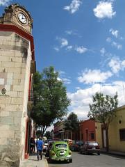 "Oaxaca <a style=""margin-left:10px; font-size:0.8em;"" href=""http://www.flickr.com/photos/127723101@N04/25515374232/"" target=""_blank"">@flickr</a>"