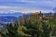 San Roque. (Howard P. Kepa) Tags: bilbao bizkaia euskadi paisvasco ermita montes sigloxvi montepagasarri