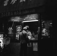 160305_ZenzaBronicaS2_012 (Matsui Hiroyuki) Tags: fujifilmneopan100acros zenzabronicas2 zenzanon150mmf35 epsongtx8203200dpi