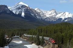 CP 602-085, CP 8938 East (Nomar Tyson-Rales) Tags: lake train sub trains louise alberta cp curve 602 laggan 8938 es44ac morants