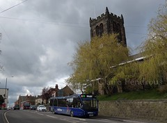 Trent Barton 838 & St. Lawrence Parish Church, Heanor (Lady Wulfrun) Tags: bus church one rainbow derbyshire trent stlawrence barton passing versa optare 838 heanor stlawrenceparishchurch optareversa b40f v1170 yj14bto