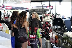 Talk, talk or just strategizing? (holdit.) Tags: crowd pit racers tfd competitor dragsters