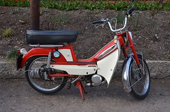 (Sam Tait) Tags: classic vintage scooter retro step through moped rare motobecane mobylette