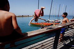 Untitled (nzkphotography) Tags: street travel people playing color kids port israel telaviv dive middleeast streetphotography diving ricohgr compact 21mm 2016 gw3 seriouscompacts flickrtravelaward