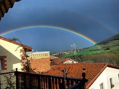 despus de la tormenta llega la calma (beelen94) Tags: sol arcoiris rainbow cielo tormenta