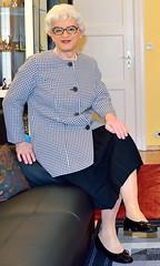 Ingrid021839 (ibach411) Tags: skirt mature blazer pleated faltenrock