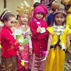 Kartini di masa datang.. #repost photo by : @regi_permana . . #latepost #kartini #karnaval #kartiniday #kotaserang #serang #Banten #putri #Indonesia. . . http://kotaserang.net/1BFtNAa (kotaserang) Tags: by indonesia photo di putri masa repost karnaval kartini datang serang banten latepost kartiniday kotaserang instagram ifttt httpkotaserangcom regipermana