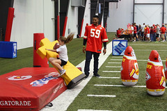 2016-Chiefs Football Frenzy-159 (Mather-Photo) Tags: kids children fun kansascity event arrowhead chiefs kansascitychiefs kcchiefs footballfrenzy eventphotography play60 andrewmather justinmarch matherphoto andrewmatherphotography universityofkansashospitaltrainingcomplex chiefskidsclub chiefspracticefacility
