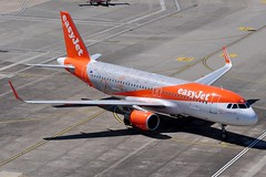 G-EZOX Airbus A320-214SL (Jersey Airport Photography) Tags: jer jersey easyjet a320 egjj airbusa320214sl gezox