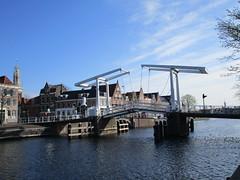 Haarlem Spaarne ophaalbrug (Arthur-A) Tags: bridge haarlem netherlands spaarne river nederland pont brug brucke rivier ophaalbrug
