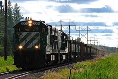 LS&I 3004 (GLC 392) Tags: railroad lake mi train shoe boat afternoon eagle michigan smoke superior railway bn u uboat brake ge mills ore 3004 jennies lsi ishpeming 3006 aftenoon u30c