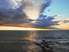Totland Bay (andymoore1983) Tags: isleofwight iow totlandbay