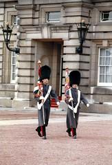 Buckingham Palace Changing the Guard (redchillihead) Tags: england london smart 1987 1988 traveller warren 1989 oe