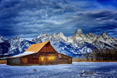 OH HOLY NIGHT (Aspenbreeze) Tags: christmas winter holiday snow mountains barn star wyoming grandtetons christmaseve oldbarn tetonmountains mormonbarn aspenbreeze moonandbackphotography bevzuerlein