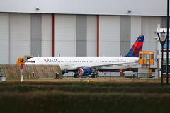 A321 Delta Air Lines N301DN (XFW-Spotter) Tags: painted hamburg first airbus a321 deltaairlines fullcolor sharklets
