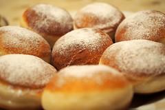 farsang temetse / Pancake day (debreczeniemoke) Tags: donut doughnut mardigras carnevale karneval pancakeday shrovetuesday farsang farsangifnk carnemlevare gogoi hshagyat afarsangutolsnapja hamvazszerda tlznap heiligefashing hshagykedd farsangtemetse farsangfarka olympusem5