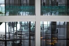 World of Glass (memories-in-motion) Tags: windows people reflection building silhouette architecture munich mnchen licht iso400 fenster 85mm menschen architektur transparent spiegelung gebude glas profil f12 durchsichtig offen caonon 11600sec ef85mmf12liiusm worldofglas 5dmarkiii