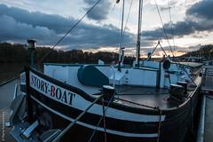 """Pniche """"Story-boat"""" (Pierre Fauquemberg) Tags: seine nikon berge bateau pniche iledefrance quai fleuve yvelines aquatique conflanssaintehonorine nikond750 pierrefauquemberg"""