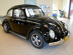 1959 Volkswagen Beetle (splattergraphics) Tags: vw volkswagen beetle carlisle carshow 1959 carlislepa volksrod springcarlisle