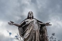 DSC_4330 (Steve Likens) Tags: statue memphis jesus elmwoodcemetery