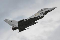 04th July 2010 RAF Waddington Airshow (rob  68) Tags: 04th july 2010 raf waddington airshow eurofighter typhoon fgr4 zj923 dm 11 squadron coningsby