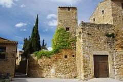 Peratallada (Catalogne/Espagne) (PierreG_09) Tags: espaa spain catalunya espagne glise catalua clocher espanya catalogne peratallada pathscaminhos