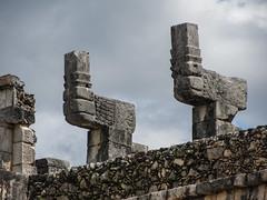 """Chichen Itza: le Temple des Guerriers et le Groupe des Milles Colonnes <a style=""""margin-left:10px; font-size:0.8em;"""" href=""""http://www.flickr.com/photos/127723101@N04/25326806904/"""" target=""""_blank"""">@flickr</a>"""