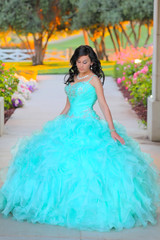 Opposition (Muss0) Tags: sunset woman color nature girl beauty childhood female century canon skinny eos clothing dress natural live young culture once hispanic xv transition ef quince celebrates ceremonies quinceanera 70200mm womanhood quinceaera musso f28l 5d2 5dmk2