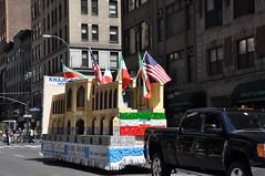 Khaju Bridge- 2016 New York Persian Parade (D'OtherPix) Tags: khajubridge 2016pnewyorkpersianparade