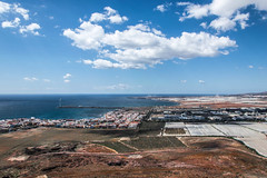 Arinaga Mountain (ymorenogut) Tags: world sea mountain faro islands mar war guerra canarias cielo canary mundial montaa canaryislands worldwar radar canaria olvido antennas batera antenas arinaga tneles barracones antiareas bateraantiareas