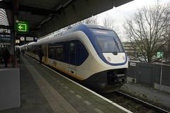 SLT 2620 ([Publicer Transport] Ricardo Diepgrond) Tags: light station amsterdam train ns slt zwolle centraal weesp sprinter 2620