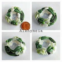 Gocce in Verde (Alkhymeia) Tags: white black flower cute green art nature glass leaves foglie spiral necklace leaf petals drops colorful artistic blossom handmade spirals craft jewelry drop pasta polymerclay fimo fairy fantasy wicked ethereal translucent colored sculpey handcrafted swirl wearableart veins wearable delicate pendent petali pendant enchanted whimsical flourish madeinitaly elvish gocce polymer neckpiece pendente premo sintetica polimerica natureinspired pastasintetica polimerkil polimerskaglina alkhymeia polimerska