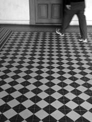 Weg (Marie Kappweiler) Tags: schnbrunn vienna wien bw black motif station subway austria noir pattern gare noiretblanc mtro fliesen tube rail ubahn muster vienne u4 carreaux