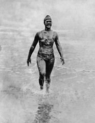 Gertrude Ederle, covered in lard and petroleum to protect her from the cold water, before becoming the first woman to swim across the English Channel, August 6, 1926 [1555 x 2000] #HistoryPorn #history #retro http://ift.tt/1TKsPh3 (Histolines) Tags: from woman 6 cold english history water swim 2000 first august before x her retro covered lard timeline across gertrude channel protect petroleum 1926 becoming 1555 vinatage ederle historyporn histolines httpifttt1tksph3