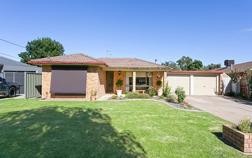 10 Grevillea Crescent, Lake Albert NSW