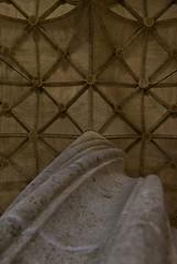 twisted column (vimad97) Tags: travelling valencia architecture canon point eos is spain view market pov silk wanderlust espana column mercato seta twisted seda architettura lonja spagna colonna viaggiare 18135 550d tortile