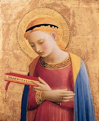 Fra Angelico Virgin Mary Annunciate 1431-33. Painting: tempera and gold on panel 31 x 26 cm. Detroit Institute of the Arts Michigan USA.. One of two panels in the Detroit Institute depicting the moment when the angel Gabriel visits the Virgin Mary and ann (ArtAppreciated) Tags: new detail art history female century portraits painting religious gold italian looking madonna details mary fineart detroit arts down blogs institute virgin portraiture artists blonde 15th renaissance annunciation biblical figurative fra modest tempera conception angelico immaculate testament quattrocento artblogs tumblr downturned 1430s artoftheday artofdarkness artappreciated artofdarknessco artofdarknessblog pixeleum date1433