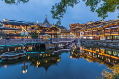 YuGarden3 (linfuf) Tags: china reflection water night garden temple lights evening asia shanghai tea yu yuyuan