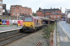"English Welsh & Scottish Railways Liveried Class 67, 67008 (37190 ""Dalzell"") Tags: gm skip revised wigan generalmotors ews class67 wallgate maroongold 67008 dbschenker englishwelshscottishrailways"